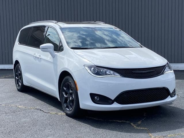 2020 Chrysler Pacifica Touring Lease Offer In Brighton