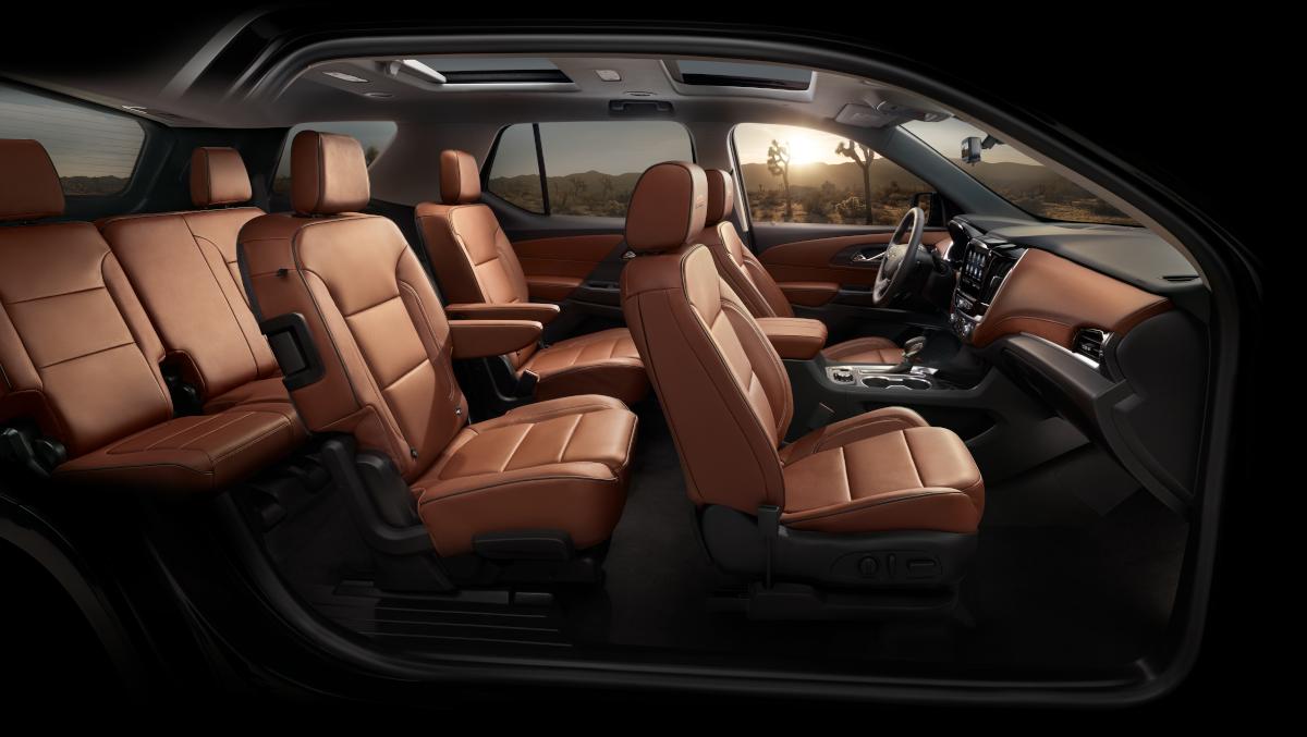 2021 Chevy Traverse Interior