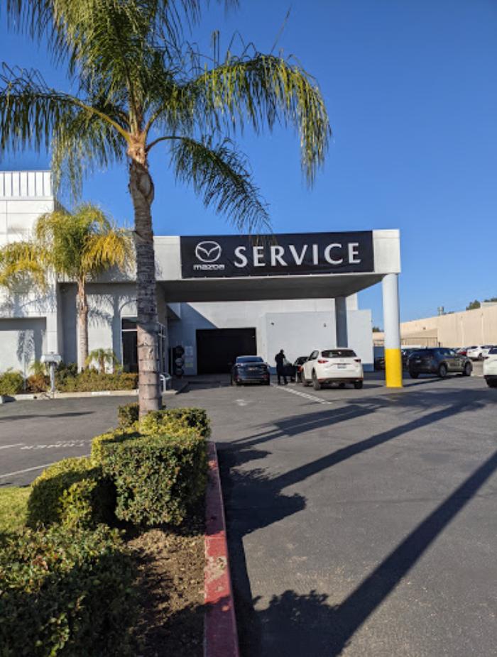 Hello Mazda of Valencia Service Center near Santa Clarita, Ca