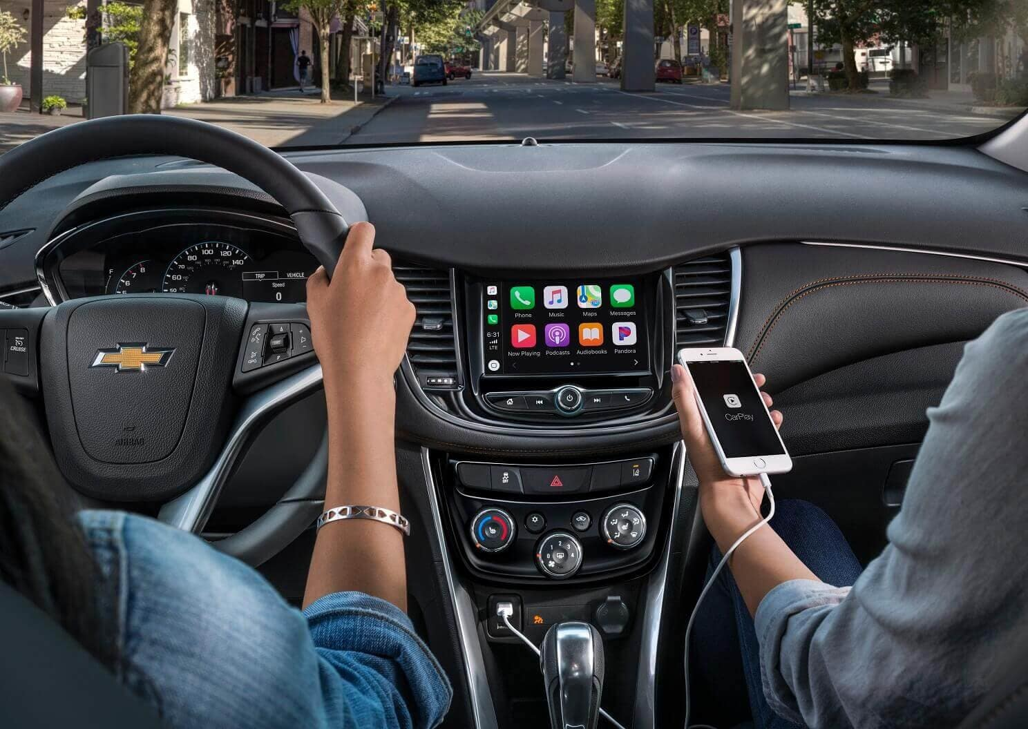 2020 Chevrolet Trax Interior with Apple CarPlay™ Technology