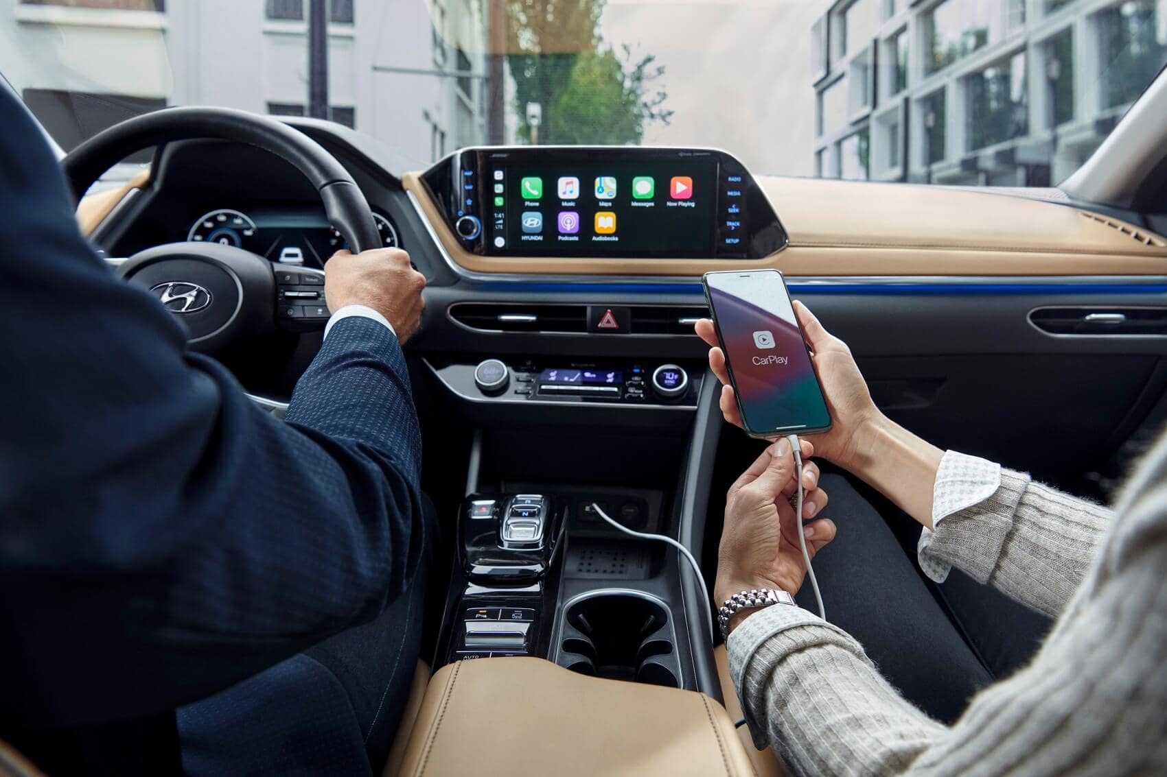 2020 Hyundai Sonata Interior with Apple CarPlay® Technology Integration