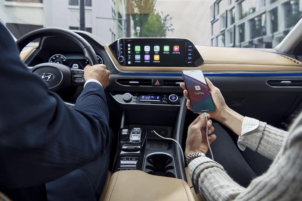 2020 Hyundai Sonata Interior with Apple CarPlay® Technology Integration