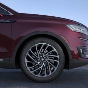 20 inch premium aluminum wheel on a 2020 Lincoln Nautilus Reserve