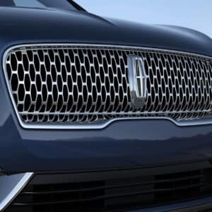 Lincoln Star logo is shown on the grille of a 2020 Lincoln Nautilus