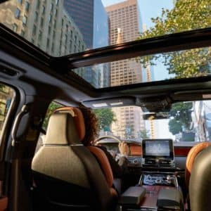 Panoramic Vista Roof of a 2020 Lincoln Navigator